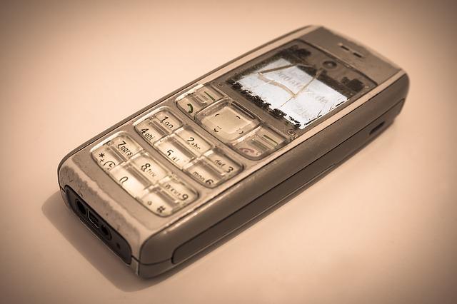 starý mobil