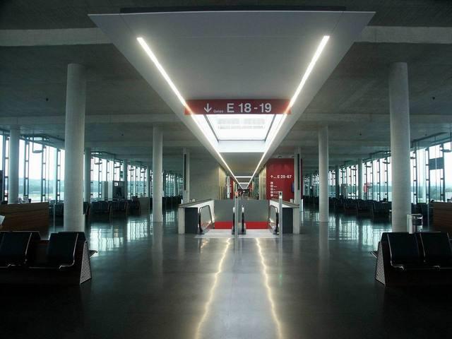 prázdne letisko.jpg